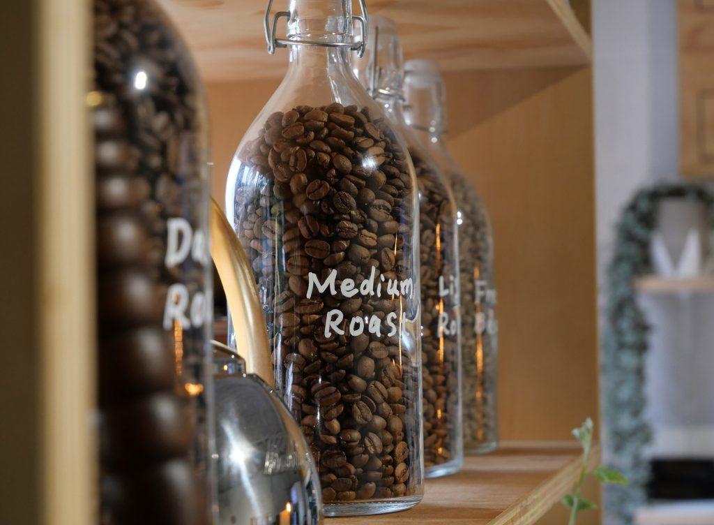 glass jars with light vs medium vs dark roast